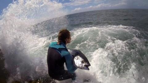 VIDEO – Hardcore Surf Fishing