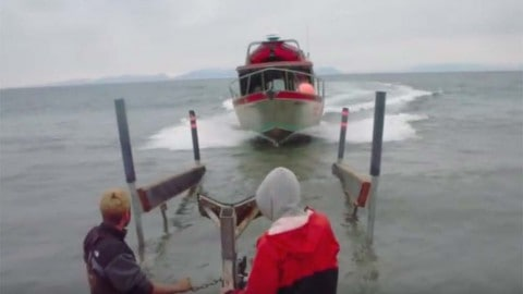Gone in 30-Seconds – From Full Speed in Water to Trailer to Gone!