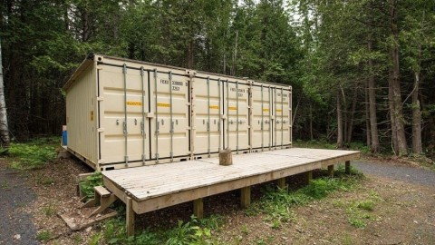 Shipping Container Cabin Will Make You Want to Live Off-Grid