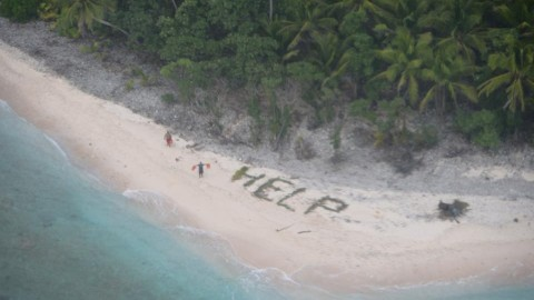Amazing True Story : 3 Castaways Get Rescued After Spelling Out 'Help' With Palm Fronds