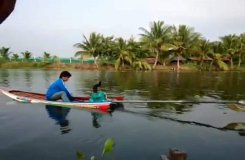 Tiniest Homemade Speed Boat Ever Breaks Speed Limits and Necks