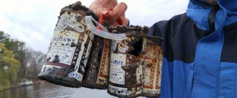 Fishermen Reel in 60-Year-Old 6-Pack of Cold(ish) Beer