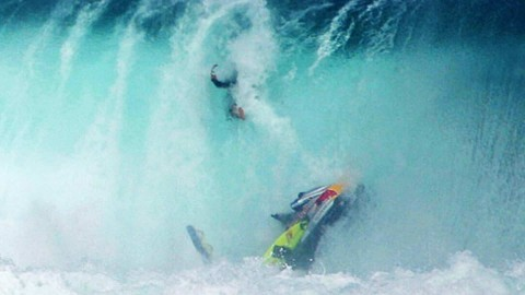 Giant Wave Jetski Wipeout Video is Giant Entertainment