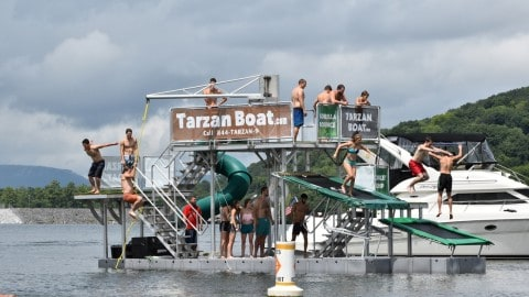 See The Summer Invention of the Year – A Mobile Floating Water Park