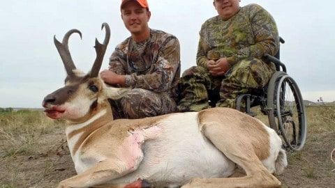 Terminally Ill Children May Be Able to Go On Their Dream Hunting Trips Without Fees