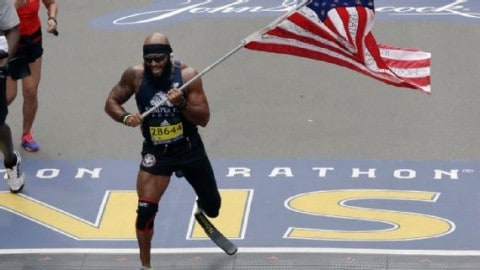 Retired Marine Completes Boston Marathon with One Leg While Carrying American Flag