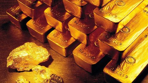Gold Prices Fall After Mysterious Trades Of 4 Million Ounces