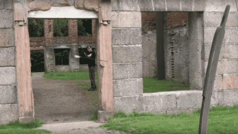 """VIDEO: Master Archer Lars Andersen """"Turns"""" Arrows Around Obstacles"""