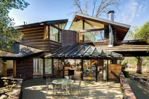 Frank Lloyd Wright Style House Is Built Into Boulders Is Up For Sale