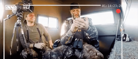 VIDEO: Guys From Buck Commander Prank Luke Bryan With A 'Special Guest' In His Bind