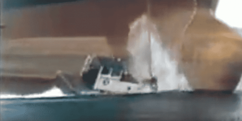 VIDEO: Massive Ship Drops Anchor Right On Top Of Tugboat
