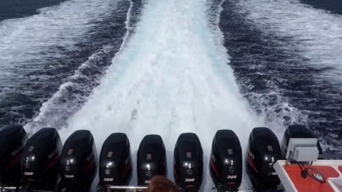 VIDEO: Boat With Nine 300HP Outboard Motors Shows That Less Isn't More