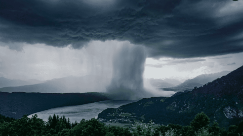 VIDEO: Incredible Timelapse Shows The Beauty Of A Massive Microburst Rainstorm