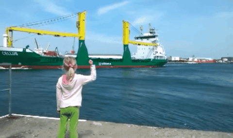 VIDEO: Little Girl Tries To Get A Ship To Blow Its Horn, Gets Scared And Runs When It Does
