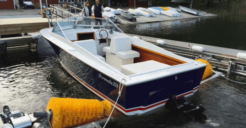 VIDEO: Keep Your Hull Clean With The BIGWASH Drive-In Boat Washer