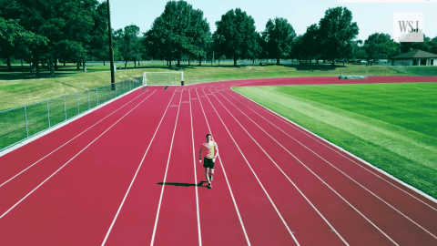 VIDEO: This Guy Walks Faster Than Most People Can Run
