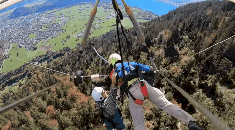 VIDEO: Unattached Hang Glider Holds On For Dear Life At 4,000 Feet