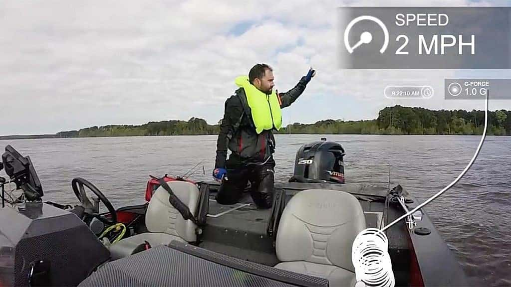 Angler gets back into runaway bass boat he fell out of